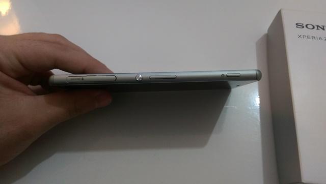Sony Xperia Z3 druga strana