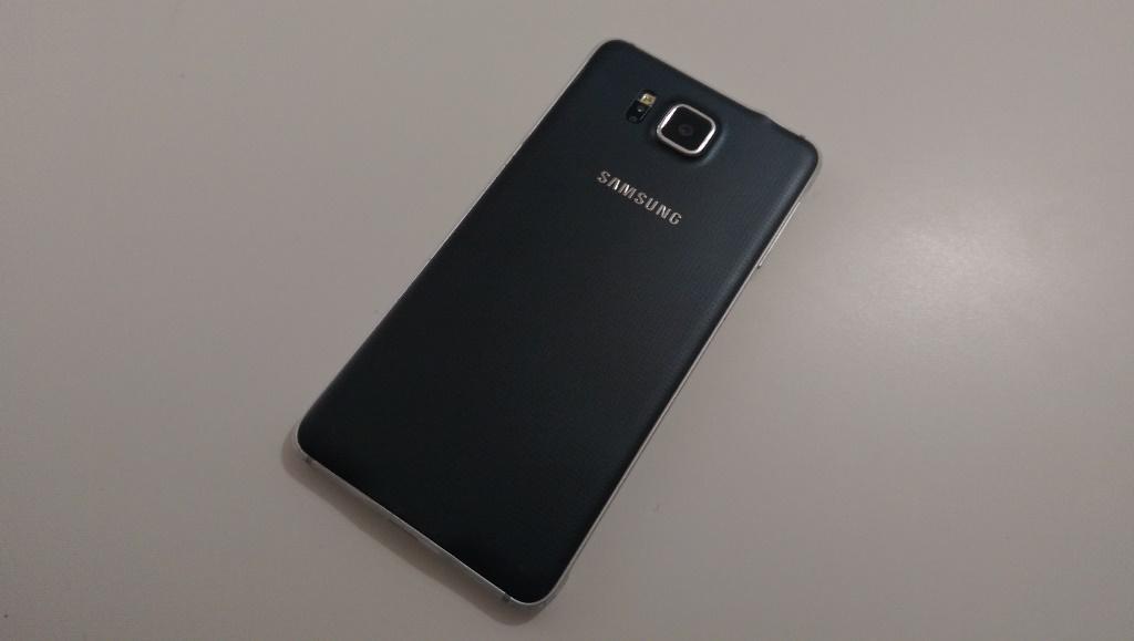 Samsung Galaxy Alpha kamera