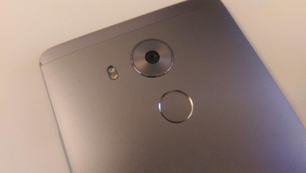 Huawei Mate 8 - 7