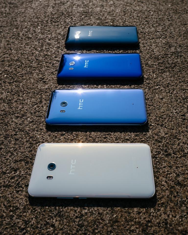 HTC U11 models