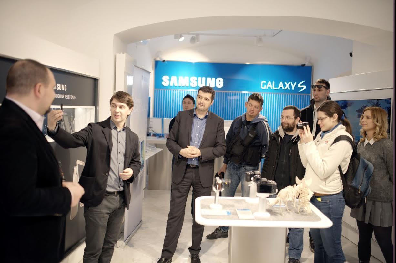 Izložba Samsung mobitela - Krunoslav Cosic